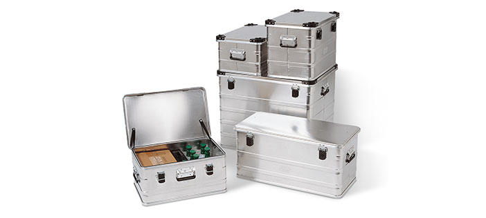 Aluminium boxes and transport trolleys