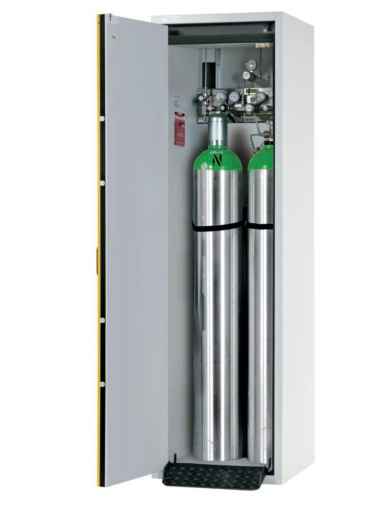 Fire-resistant compressed air gas cylinder cabinet G30.6, 600 mm wide, hinged on left, yellow