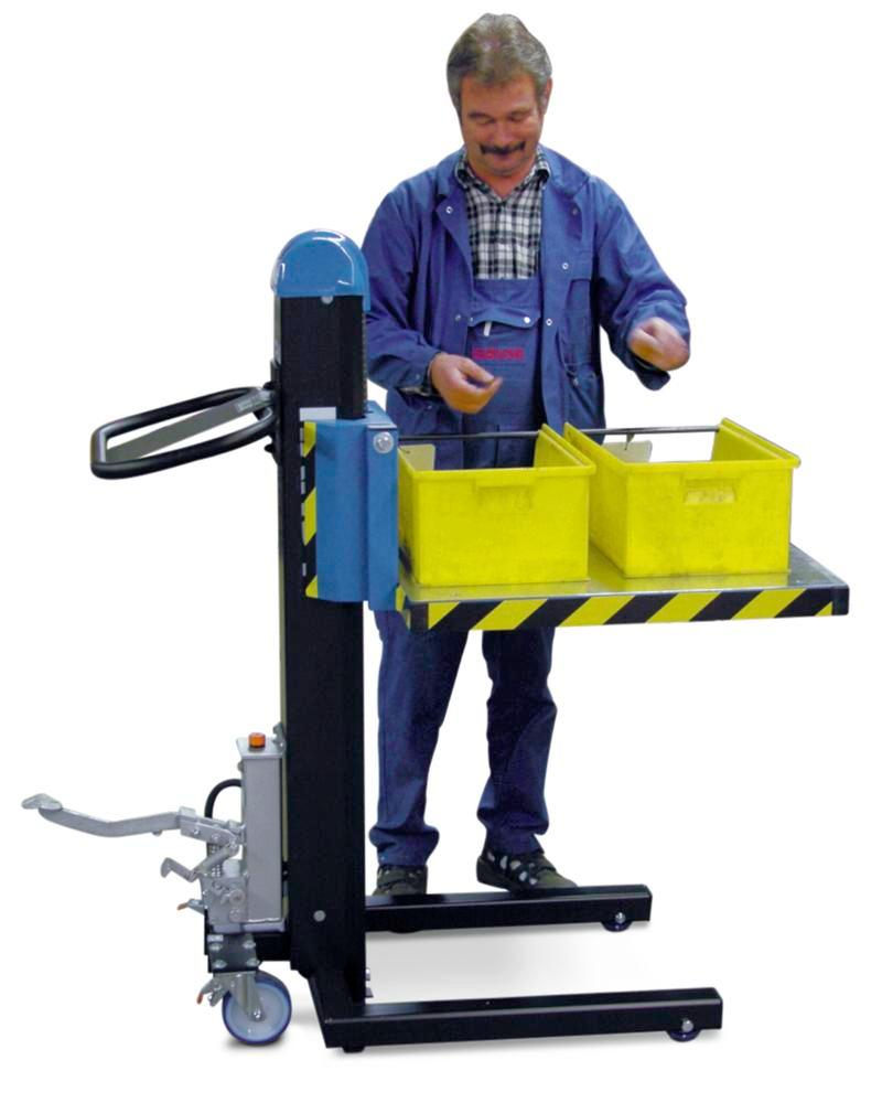 Container lifter H3-P, with foot pump, lifting time 25 seconds