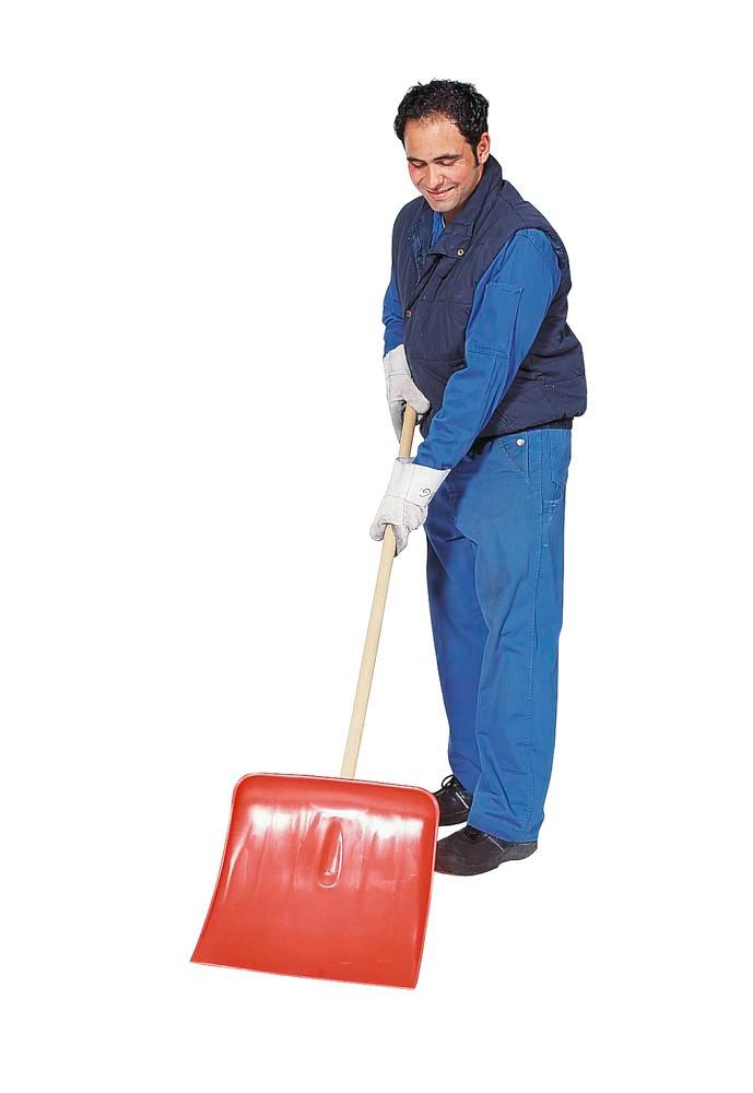 Snow shovel manufactured from polypropylene, corrosion resistant