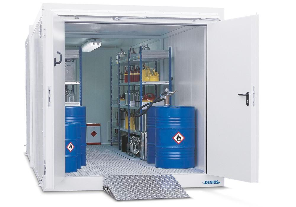Fire protection container BMC-K 360 with 2 wing doors T90 on the short side