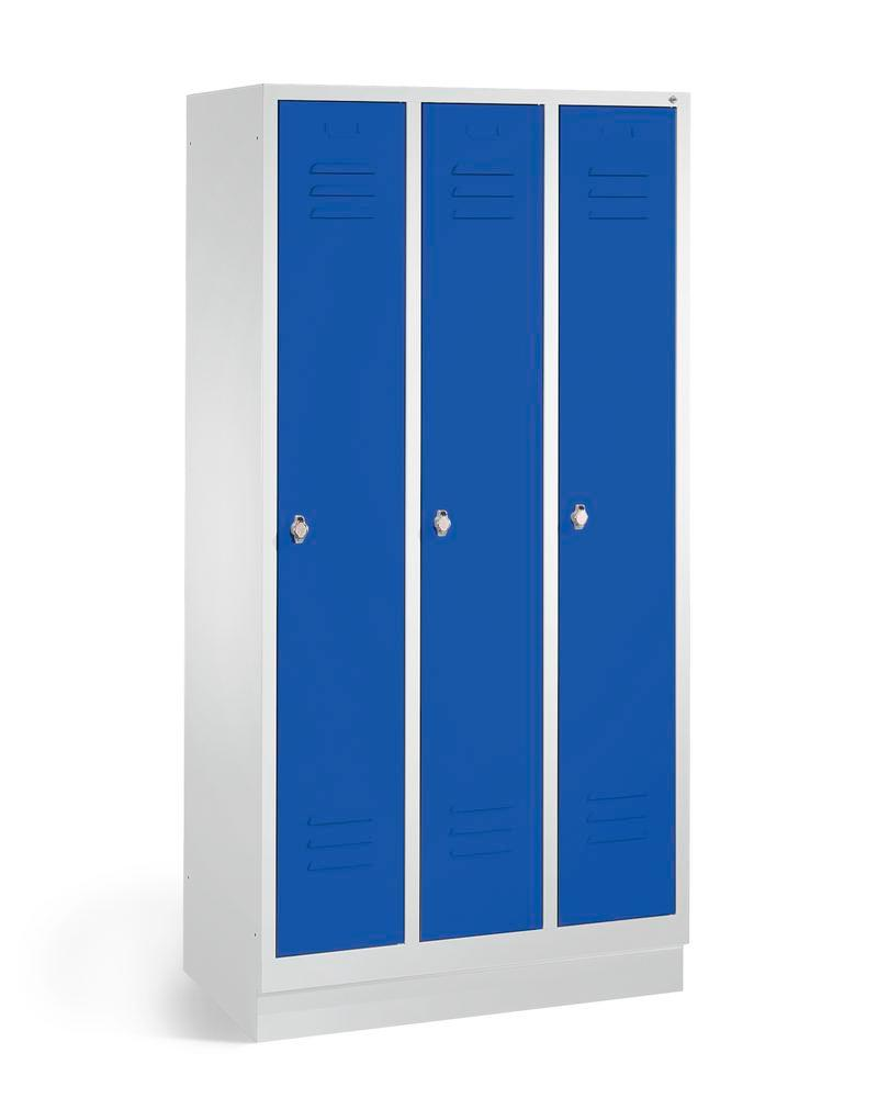 Locker Cabo, 3 compartments, W 900, D 500, H 1800 mm, base, grey/doors blue